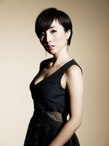 Nao Yoshioka  Rising Japan Tour 2015 -Living Our Dreams-|Nao Yoshioka